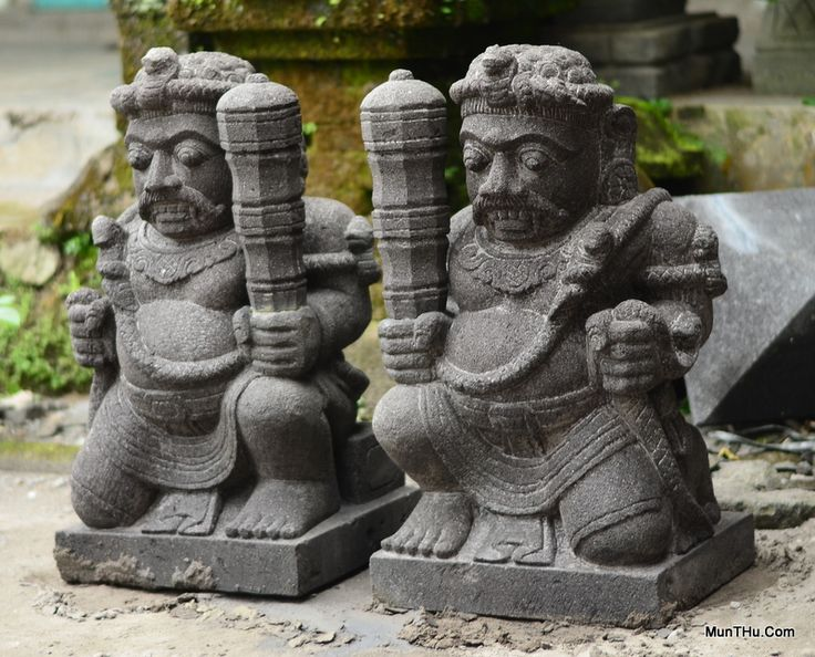 Patung Reco Pentung Gupolo Dwarapala - Batu Alam Merapi www.munthu.com