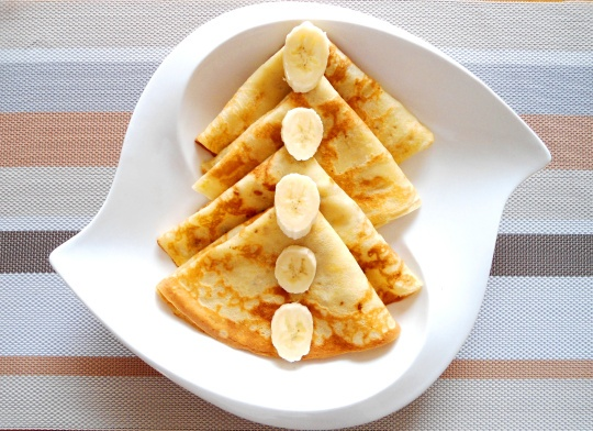 Try African crepes today! Your kids are going to love this dessert! Visit www.sahanimag.com for more african recipes!