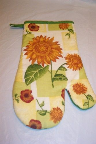 Sunflower Kitchen | SUNFLOWER TOWEL AND OVEN MITT SET FOR KITCHEN