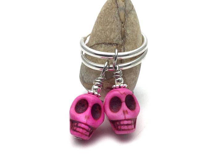 Aretes de calavera de plata, pendientes de halloween de la joyería, pendiente calavera rosa, calaveras de azúcar, día de la muertos, joyería del cráneo, frida k