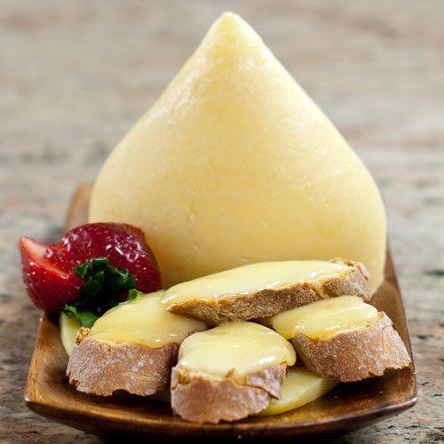 tapas con queso de tetilla