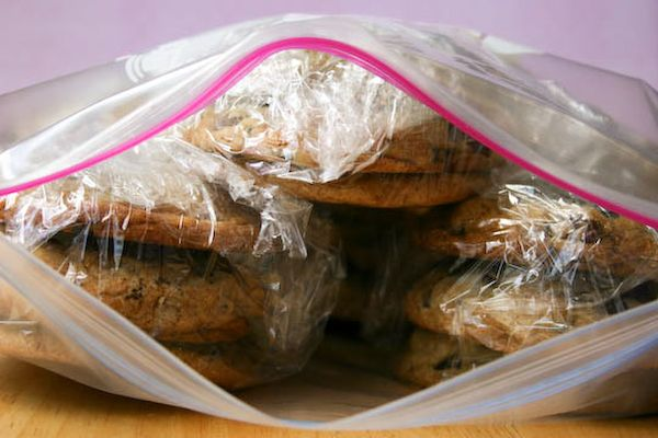 How to ship cookies.  You can make this work for anyone you want to send it too. Some great info!