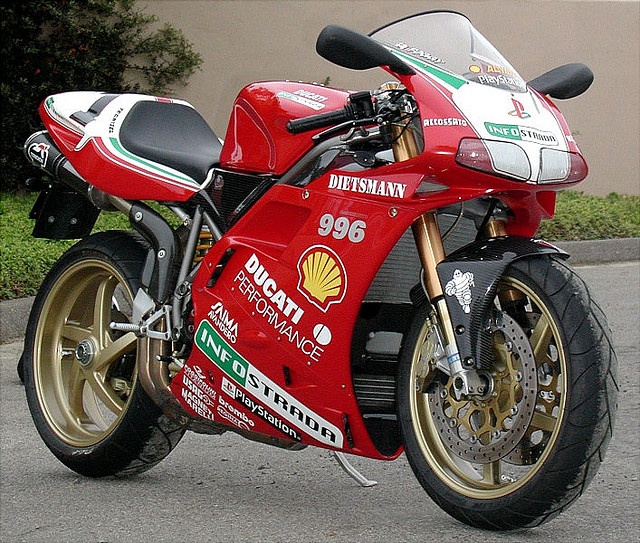 Ducati 996 SPS Foggy Replica - Quite literally the dream bike of my childhood