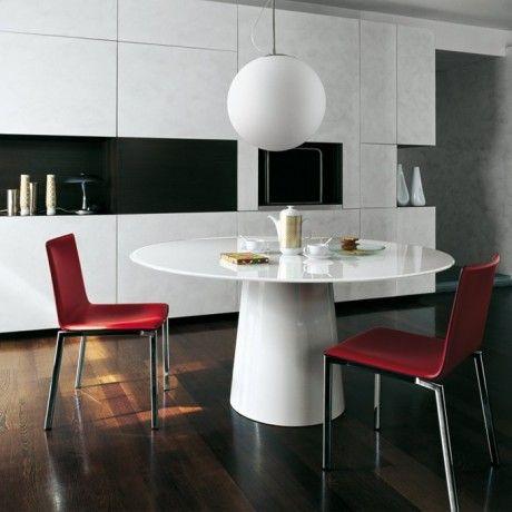 Table cuisine verre 22 table cuisine verre blanc lyon for Salle a manger karma