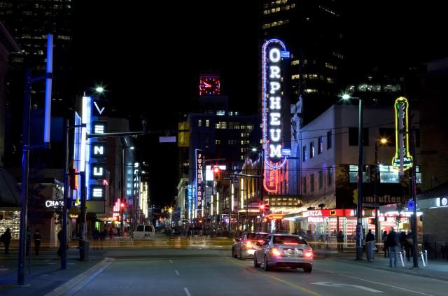 From sophisticated cocktail spots to hard-partying clubs, Vancouver nightlife is diverse: there really is something for everyone. Use this Guide to the Best Nightlife in Vancouver, BC, to find the top spots for drinking, mingling, and dancing in Vancouver's hottest nightlife districts.