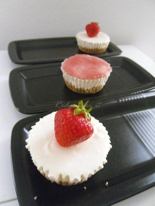 Mini cheesecakes alla fragola