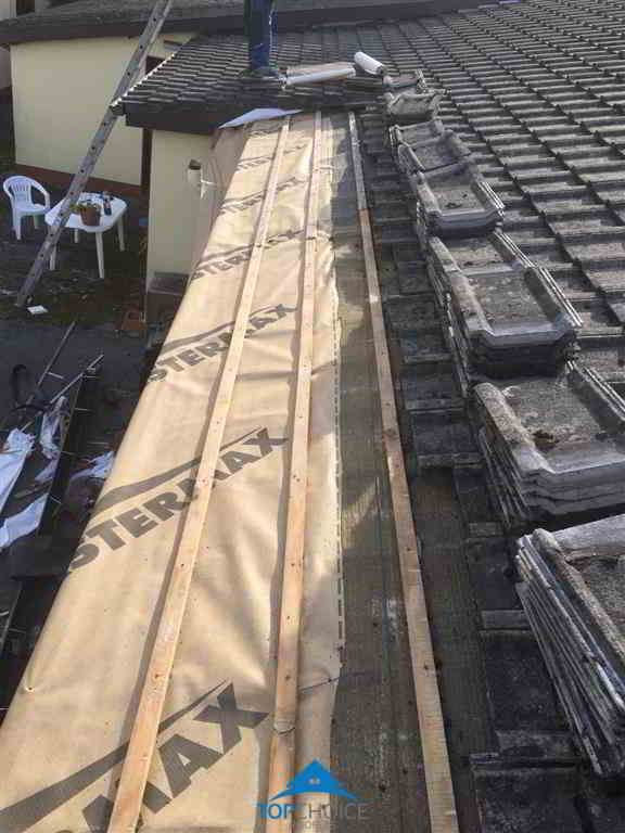 Https Www Topchoiceroofers Ie Roofing Repairs Dublin Roof Repair Roofing Specialists Roofing