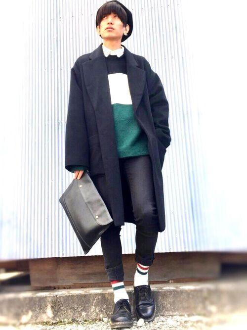 今日のコーデ📷 最近は寒くなってきており、コートかかせませんね😷…。 今日は、主に緑×黒でコーデ