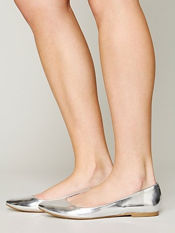 #PANDORAloves these shiny silver flats from Free People #silver #sparkle