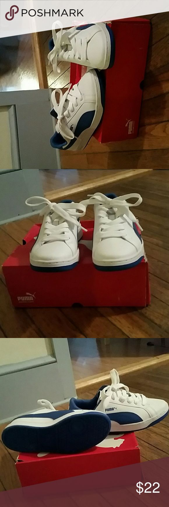 Cute white and royal blue Pumas Gently worn cute Pumas Boys Size 5 ,Womans size 7 Got to Go!! Puma Shoes Sneakers