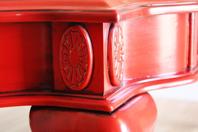 Once Was Junk: ----> Red Coffee Table  great tip/tricks for glazing