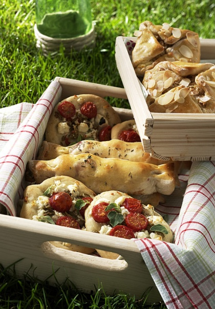 17 best images about fingerfood herzhaft on pinterest pizza puff pastries and parmesan. Black Bedroom Furniture Sets. Home Design Ideas