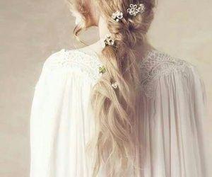 Aphrodite, hair