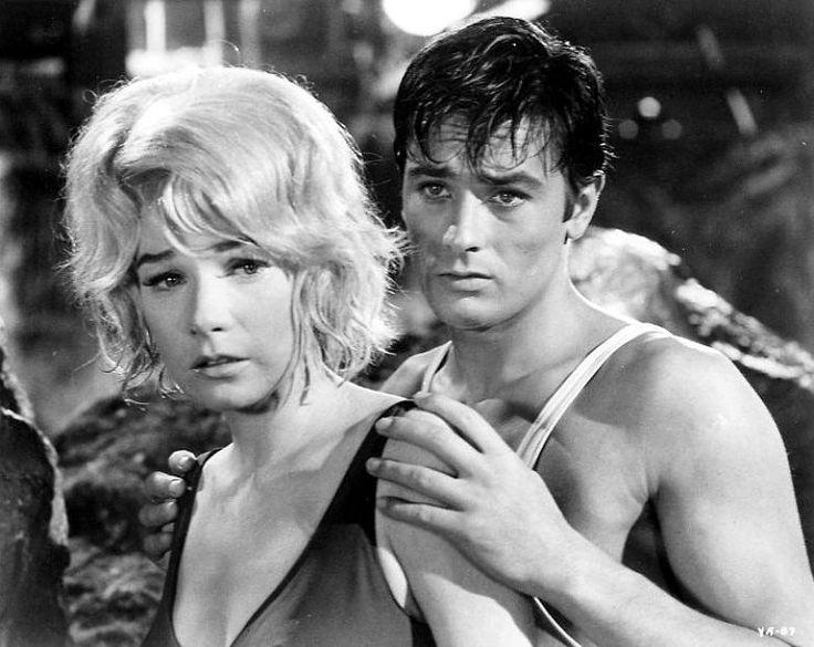 Ingrid Bergman y Alain Delon reciben homenaje en cines cubanos