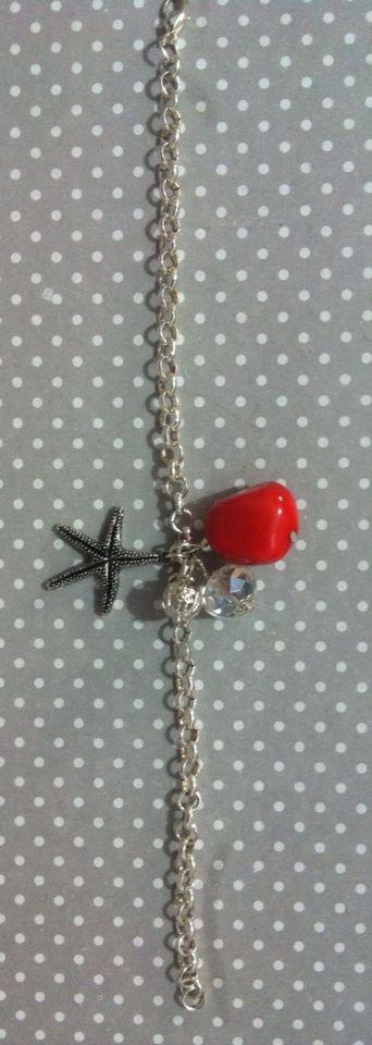 Bracciale con pietra corallo e stella marina