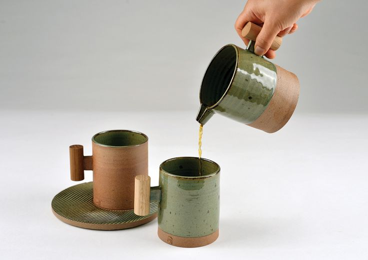 Wooden Handled Mug : green+brown