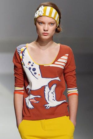 Paris FW SS09 Eley Kishimoto... As well as shirt dresses in geometric designs and the odd migrating goose print of course.