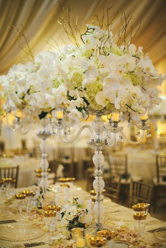 Wedding reception centerpiece idea; Featured Photographer: Brenda Bisharat, Thomas Gibbons Photography & Dimitrios Pangs, Detail Photographer: Sarah Maren Photography