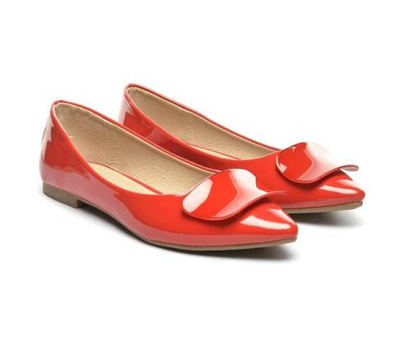 Colorful shoes for a joyful spring now available at dEpurtat. Buy them via CashOUT and you will get cashback.