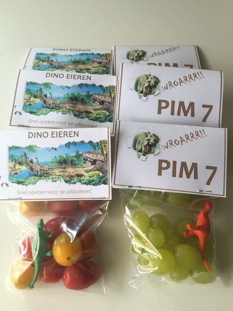 Dino's of zijn het druiven en minitomaatjes? #traktatie #gezond