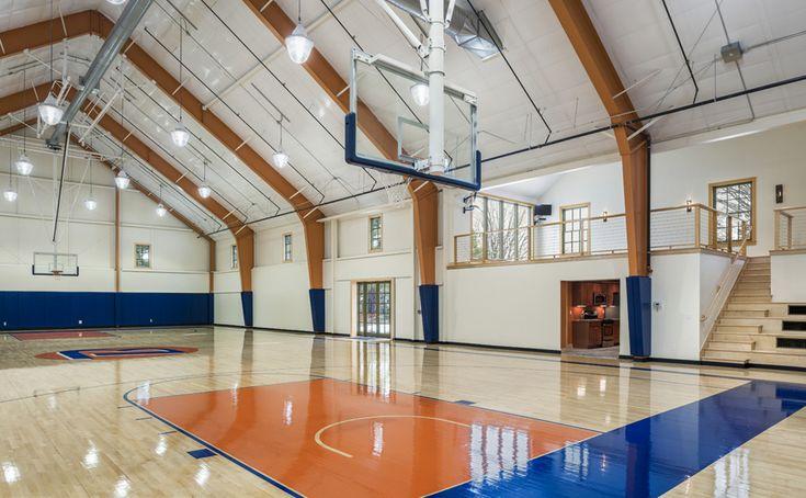 Home indoor basketball court. Main Line Gymnasium | Archer & Buchanan Architecture, LTD.