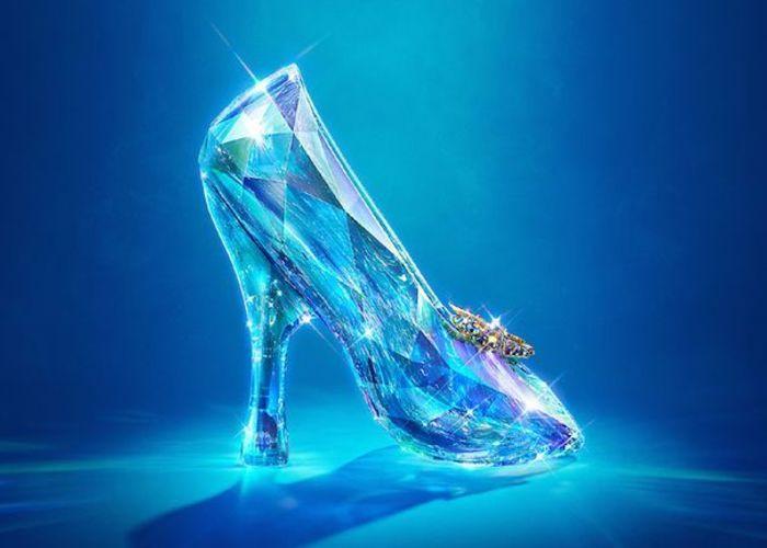 実写版映画公開記念!世界の一流ブランドが『シンデレラ』のガラスの靴を再現*のトップ画像