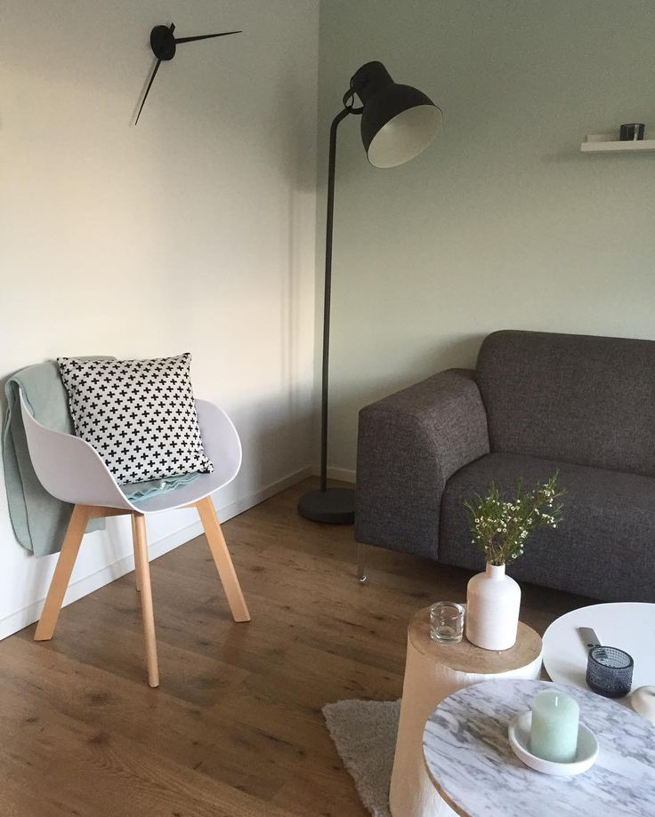 #kwantum repin: Stoel NEW YORK > https://www.kwantum.nl/meubelen/stoelen/meubelen-stoelen-eetkamerstoelen-kuipstoel-new-york-wit-1323020 en kussen PLUS > https://www.kwantum.nl/wonen/woontextiel/woon-en-sierkussen/wonen-woontextiel-woon-en-sierkussen-kussen-plus-zwart-wit-45x45-cm-0781493 @clarissa_my