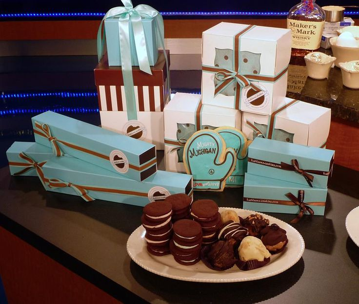 ... something for everyone at our bake shop!  (set photo from WXYZ-TV Channel 7 - Detroit)