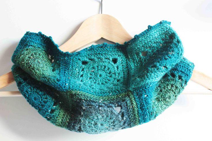 Crochet Neck Warmer - Sun Square - Granny Square - Arabesque Design - Magic Forest Shades (turquoise, moss green, teal) di CraftAroundTheClock su Etsy