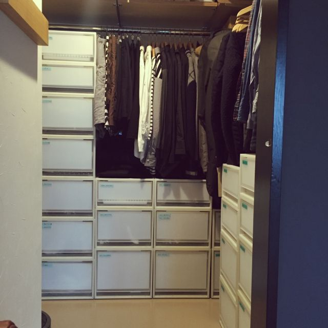 Eiriさんの、Muji,リノベーション,無印良品,クローゼット,ウォークインクローゼット,ウォークインクローゼット収納,棚,のお部屋写真