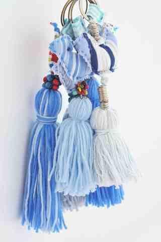 Accesorios y decoracion para bebes - Borlas con Pajaritos de Lorenza Basicos