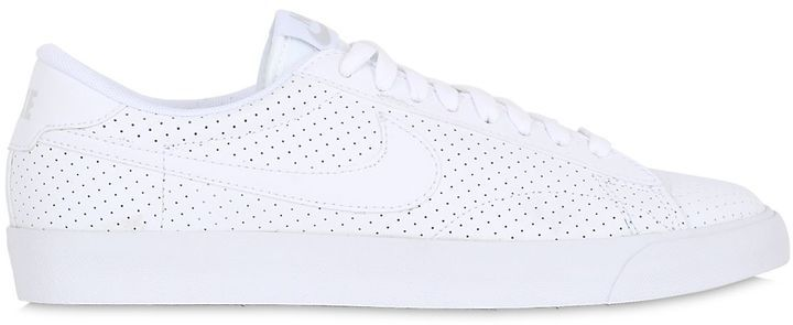 Tennis Classic Ac Faux Leather Sneakers, Schuhe, shoes, Tennis Fashion Men, trendy Tennis Outfits for him, Tennismode, sportliche Mode fürs Tennisspielen.