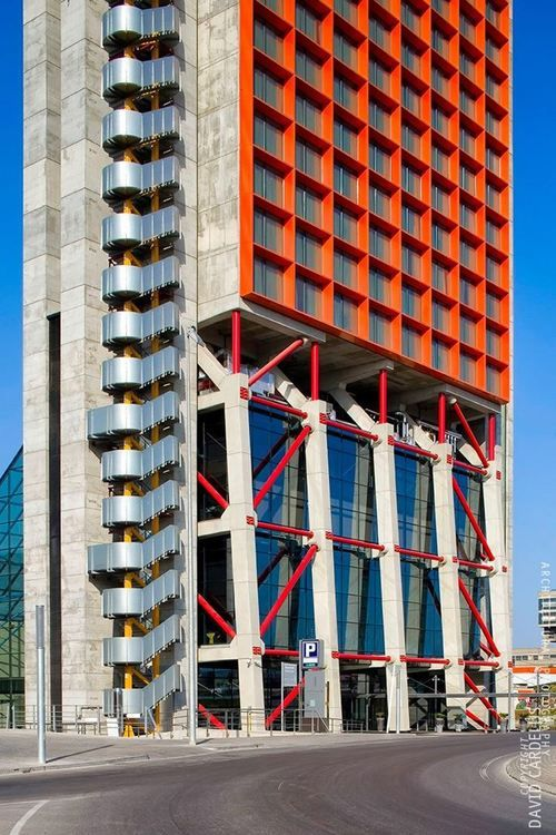 Architectural masterpieces of the last 10 years:   Hesperia...