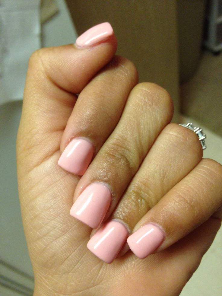 Pretty in pink. Short square nails. Luv!