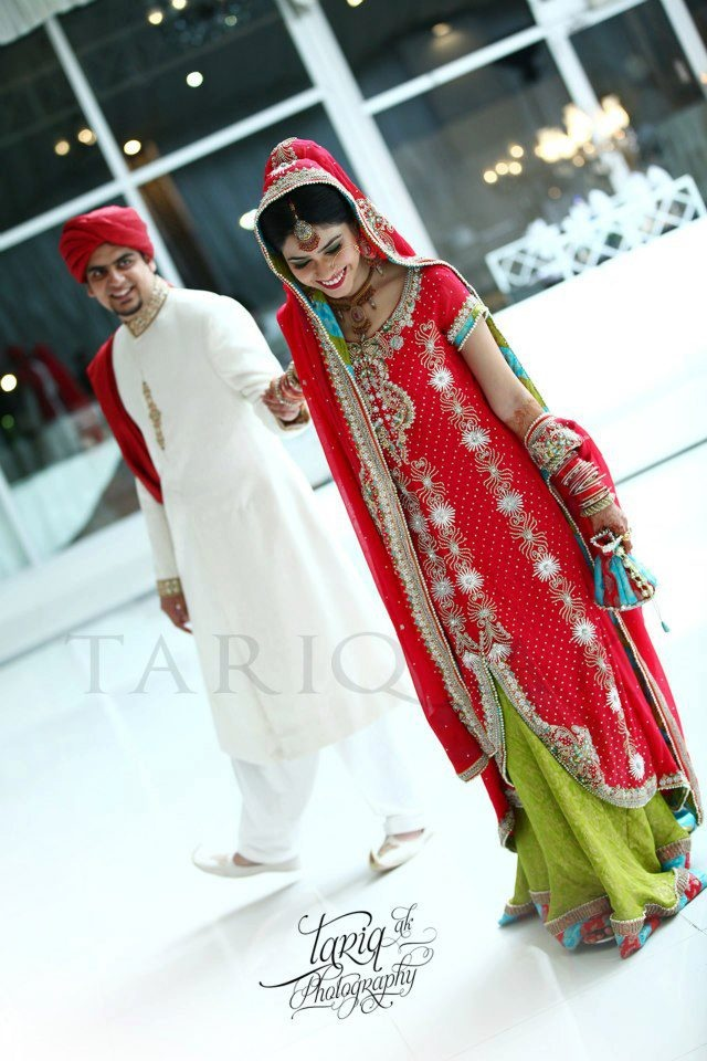 Mehndi Photography Poses : Best images about brides and grooms on pinterest
