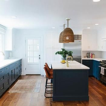 Navy Blue Kitchen Cabinets Painted Benjamin Moore Hale Navy Transitional Kitchen Benjamin Moore