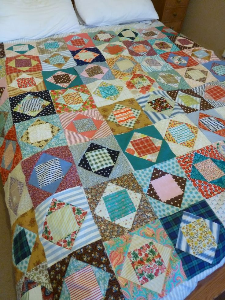 Economy blocks, king size     use this pattern with blue and white?