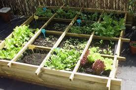 Afbeeldingsresultaat voor kruidenbak tuin