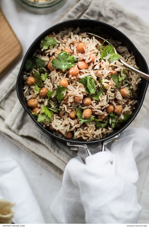 A delicious and easy to make recipe that only requires one pan and is incredibly fragrant! https://www.theprettyblog.com/food/fragrant-chickpea-basmati-rice-with-fresh-coriander/