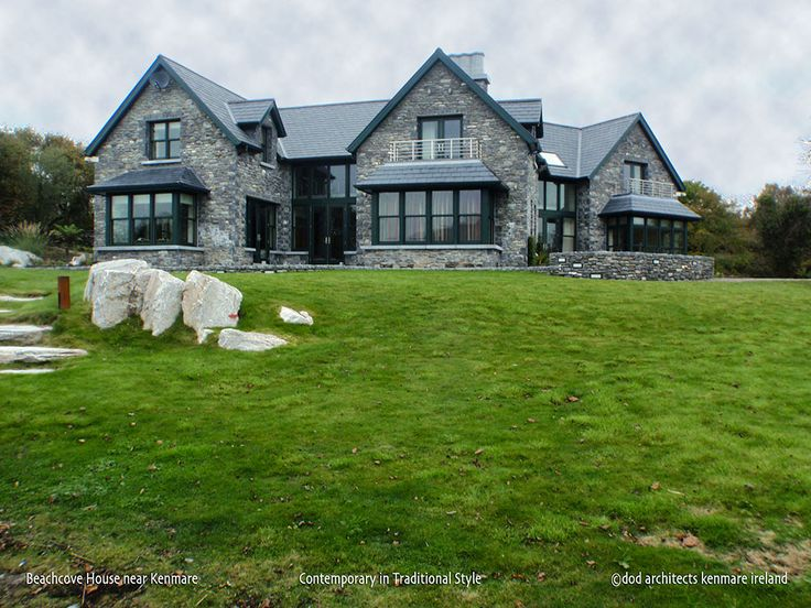 A comtemporary residence in traditional style on the shore of Kenmare Bay in Ireland. House design: dod architects