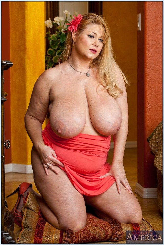Samantha 38g nude