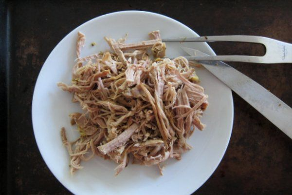 Slow cooker pulled pork: The easiest, tastiest way to make mouth-watering pork (to use later as BBQ too!)