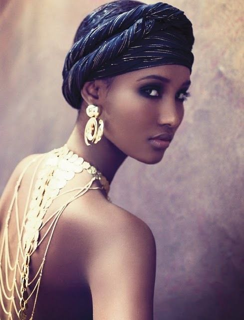 #Beautiful #woman #eyes #lips #gold: Head Scarfs, Body Wraps, Africans Head Wraps, Makeup, Scarfs Style, Turban, Headscarves, Beautiful, Hair