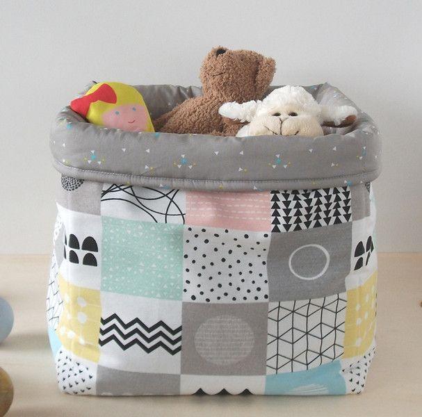 Kisten & Boxen - Aufbewahrungsbox Stoff 31 x 31 Kinderzimmer Regal - ein Designerstück von bartienes bei DaWanda