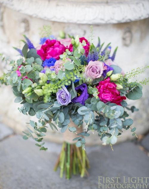 Bridal bouquet by Narcissus Flowers, Edinburgh, worked brilliantly for a June wedding. Wedding Photographer, Scotland.
