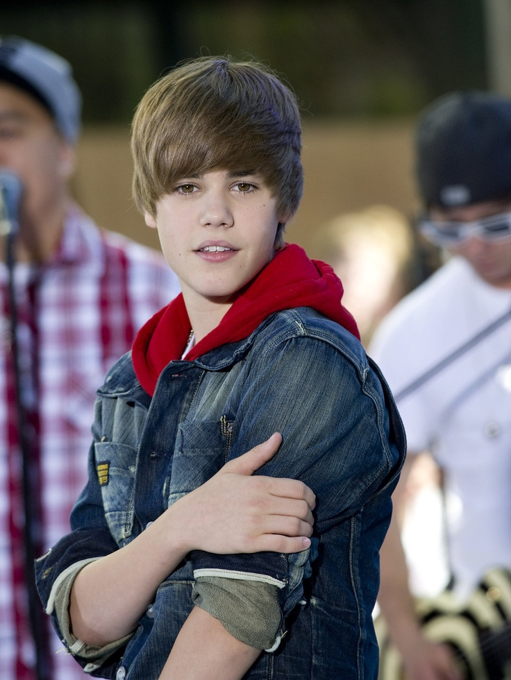 JB Singing Live #JustinBieber #PepsiCenter #Denver #AskaTicket