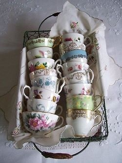 Vintage tea cups. looks like my collection. love it!