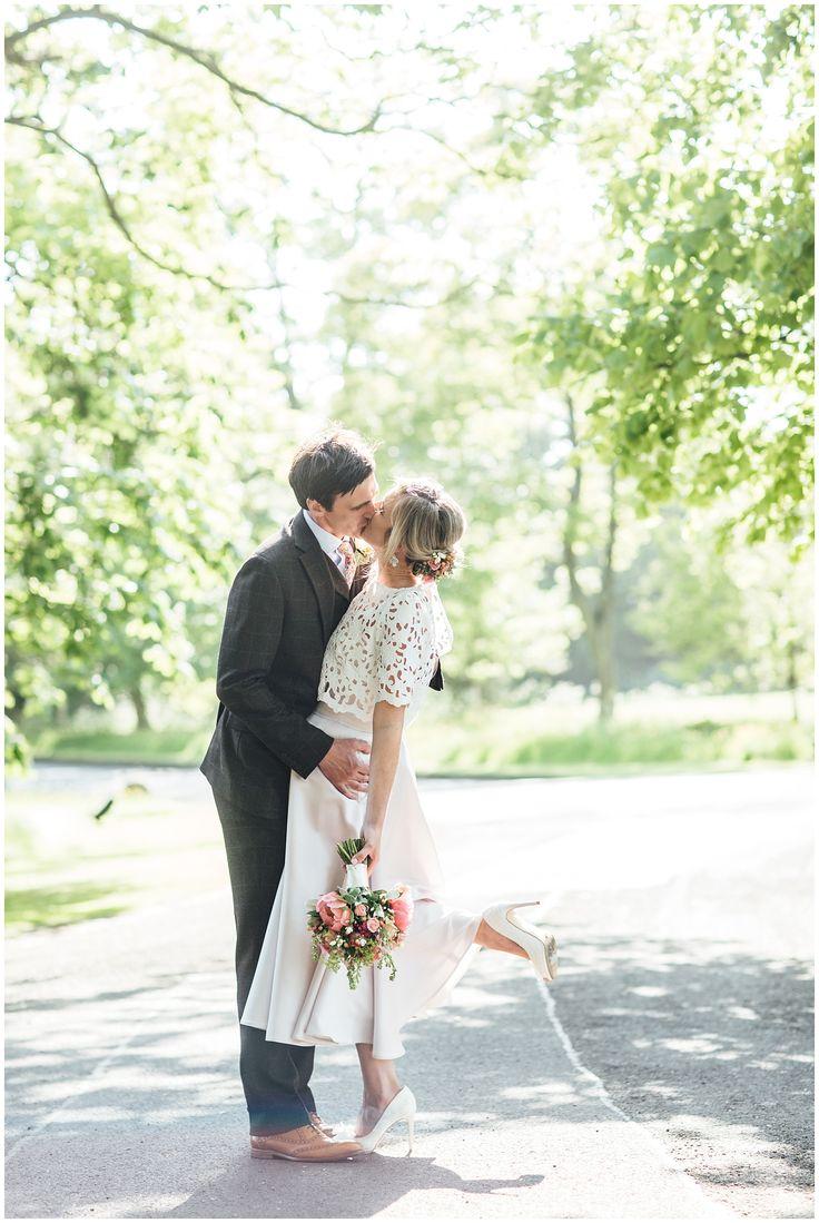 Summer Edinburgh wedding, Prestonfield House, Bride & Groom kiss. Totty Rocks dress