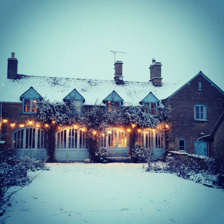 Cotswolds Christmas Cottage