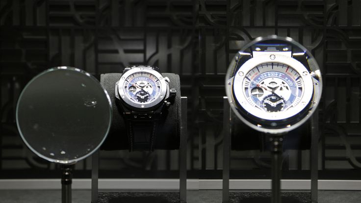 #Watchzoomer @Hublot under #MagnifyingGlass discover products from another viewpoint>>>more>>http://dietlin.ch/page.php?id=3045&gr=322&nv=5